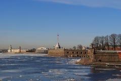 Das Eis an der Peter- und Paul-Festung Lizenzfreie Stockfotos