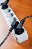 Das elektrische Extensionsstück stockfotos