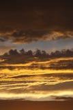 Das Ende des Regens am Sonnenuntergang Lizenzfreies Stockfoto