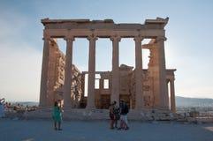 Das Erechtheion auf Akropolise von Athen am 1. August 2013. Griechenland. lizenzfreie stockfotos