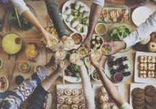 Das Essen genießen Lebensmittel, das festliches Café Mahlzeit-Konzept feiern lizenzfreie stockbilder