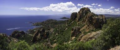Das Esterel-Gebirgsmassiv, Kappen-Mehlschwitze französisches Riviera Lizenzfreie Stockbilder