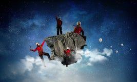 Das extreme Klettern ist seine Adrenaline Gemischte Medien Lizenzfreies Stockfoto