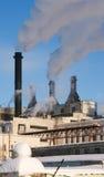 Das Fabrik Smokestackgefäß Stockbild