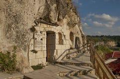 Das Felsenkloster St. Dimitrii von Basarbovo, Bulgarien Stockfotos