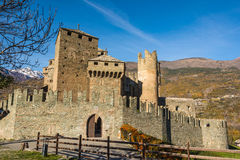 Das Fenis-Schloss im Aostatal, Italien Lizenzfreies Stockbild