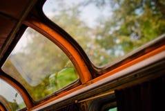 Das Fenster im Bus Lizenzfreies Stockbild