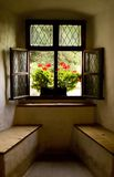 Das Fenster nach innen Stockbild