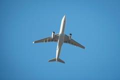 Das Fliegen flach von uprisen Ansicht Lizenzfreies Stockfoto