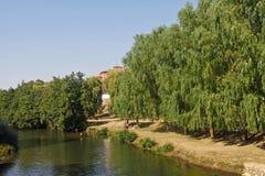 Das Fluss Aas in seinem Durchgang durch Aas des Condes, Palen Lizenzfreie Stockfotografie