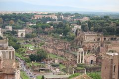 Das Forum Romanum stockbilder