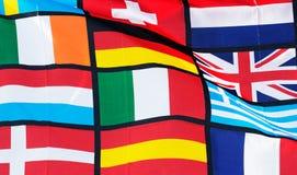 Das Fragment der pan-europäischen Flagge gegen blauen Himmel Lizenzfreie Stockfotos