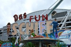 Das Fun Schiff Ride Logo. The swinging viking ship is a carnival classic. This rocking fun ride will elicit screams of joy as it sends riders up and down Stock Photo