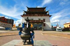 Das Gandantegchinlen-Kloster ist ein Tibetaner-Ähnliches buddhistisches Kloster in der mongolischen Hauptstadt von Ulaanbaatar, M stockbilder