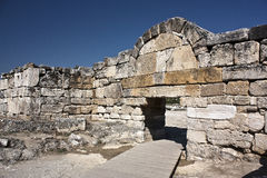 Das Gatter von altem Hierapolis, die Türkei Stockbilder