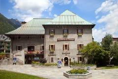 Das Gebäude der Skischule in Chamonix Stockfoto