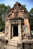 Das Gebäude von Angkor-Tempeln (Bakong), Kambodscha Lizenzfreies Stockfoto