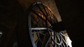 Das Gefängnis drehen herein die Abtei auf der Insel von Mont-Heilig-Michel stock footage
