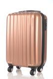 Das Gepäck, das aus großen Kofferrucksäcken bestehen und die Reise bauschen sich lokalisiert auf Weiß Lizenzfreies Stockbild