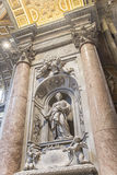 Das Grab von Matilda Tuscan in St Peter Basilika vatican rom Stockbild