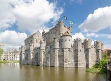Das Gravensteen ist ein Schloss in Gent stockbilder