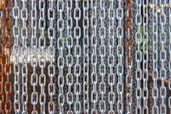 das Hängen rostfrei von der Kette, extrahieren Metall für Hintergrund Stockfoto