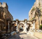 Das Hadrian-` s Tor in Antalya, die Türkei lizenzfreies stockbild