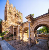 Das Hadrian-` s Tor in Antalya, die Türkei stockfoto