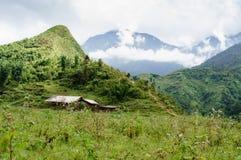 Das Haus auf dem Berg Stockbild