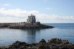 Das Haus auf Küste Lizenzfreies Stockfoto