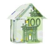 Das Haus gebildet von 100 Eurobanknoten Stockbild