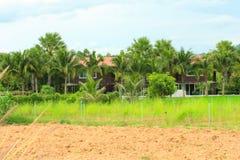 Das Haus im Garten Lizenzfreie Stockfotografie