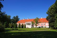Das Haus und der Park Stockfoto