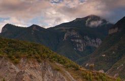 Das Holz in den Bergen Stockbild