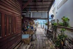 Das Holzhaus in Meer Stockfotografie
