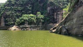 Das idyllische Prado-Reservoir Tolima Kolumbien A stock video