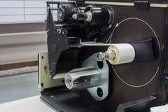 Das Innere der alten Etikettendruckmaschine lizenzfreie stockfotos