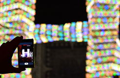 Das intelligente Telefon und das Konzert Stockfoto