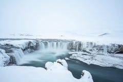 Das isländische Godafoss im Winter stockfoto
