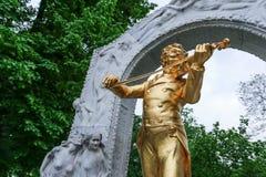 Das Johann Strauss-Monument im Stadtpark von Wien Lizenzfreie Stockfotos