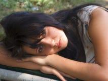 Das junge Mädchen lizenzfreie stockfotos