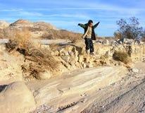 Das Jungen-Springen Stockfotografie