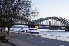 Das Köln Hohenzollern Brücke Stockfoto