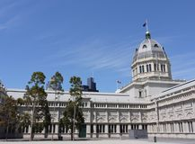 Das königliche Ausstellungs-Gebäude in Carlton Gardens Lizenzfreie Stockbilder