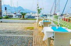 Das Küstenrestaurant von Kemer, die Türkei stockfotos