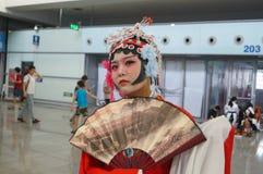 Das Kleid der chinesischen alten Frauen, im Shenzhen-internationalen Videofestival Stockbild