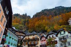 Das kleine Dorf von Hallstatt, Ober?sterreich lizenzfreie stockbilder