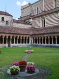 Das Kloster Sans Zeno in Verona in Italien Stockfotos