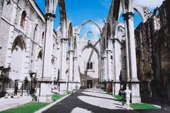 Das Kloster unserer Dame vom Karmel in Lissabon stockbild