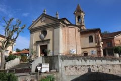Das Kommunal-Vinothek-Wein-Haus in Barbaresco im Bereich von Langhe piedmont Italien lizenzfreie stockfotografie